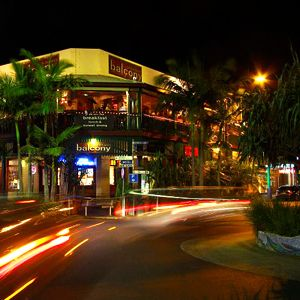 Byron bay new south wales restaurants agfg good food and for Balcony bar byron