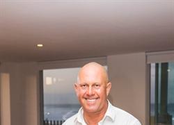 Meet Celebrity Chef Steven Snow