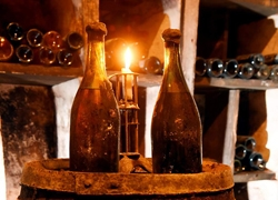 Struth! Wines Made in 1774 sell for $400,000