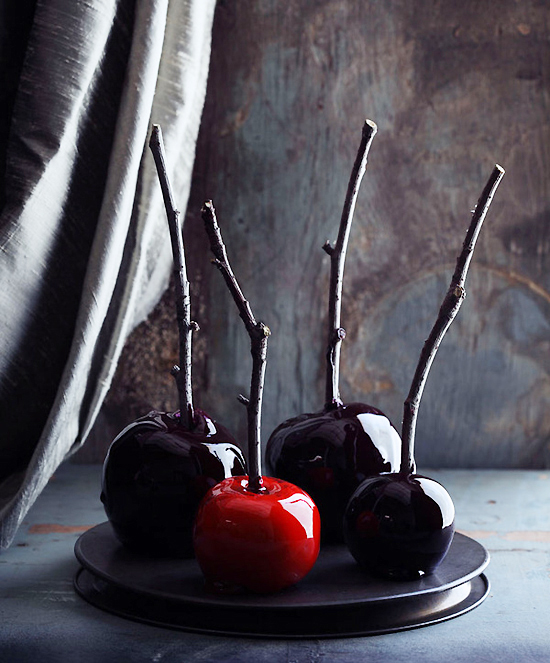 7 Spooky Recipes to Serve this Halloween