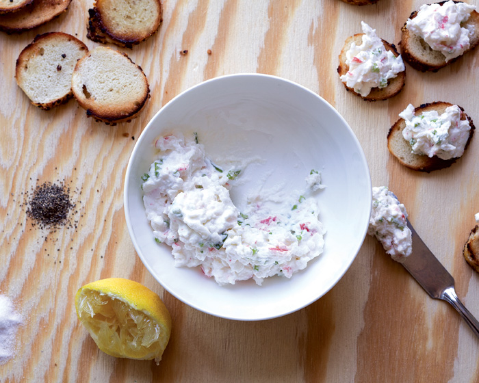 Dip Into It: 5 Delicious Dips for Summer Entertaining