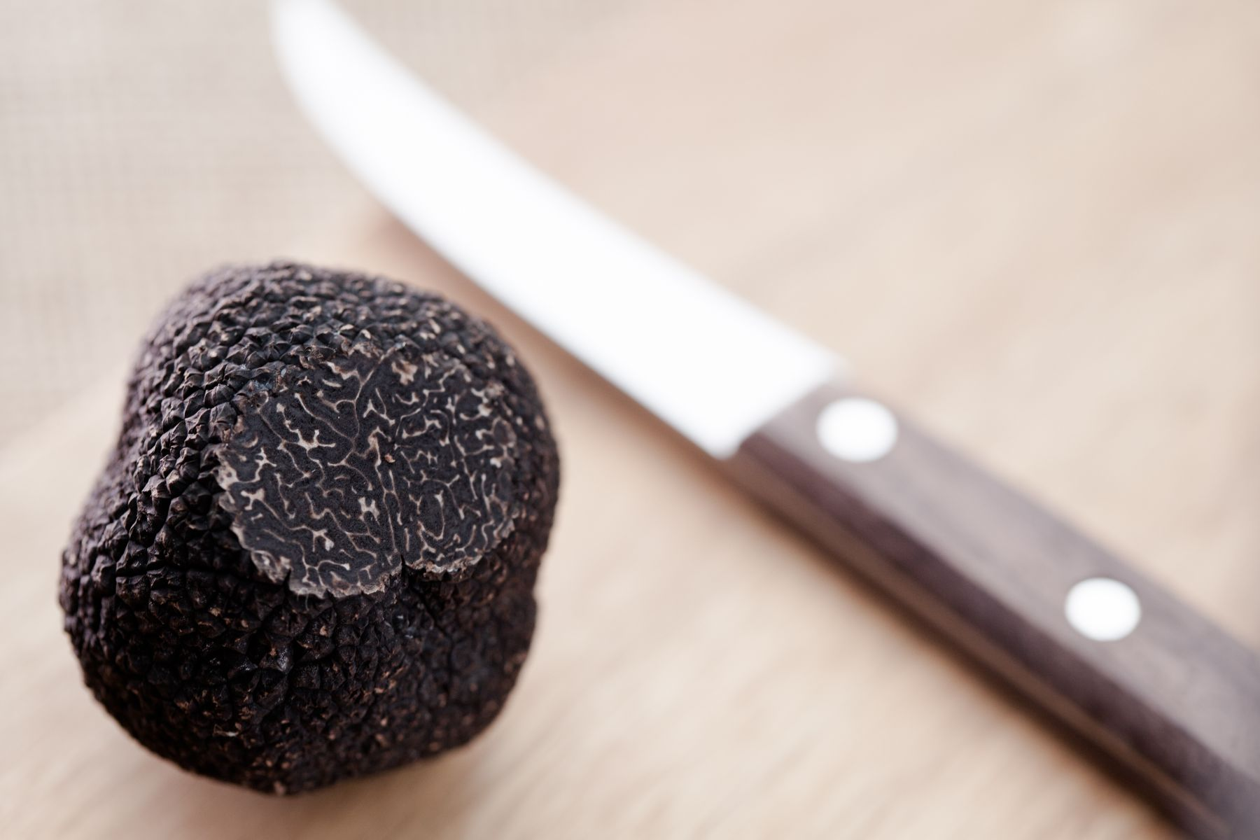 How to Get Your Truffle Fix this Season – Order Australian Truffles Online