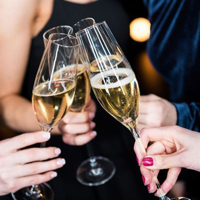 May All Your Pain Be Champagne – Six Bubbles to Taste the Stars this Summer.