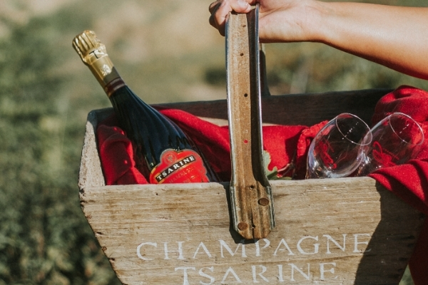 The Dos and Don'ts of Champagne Etiquette.