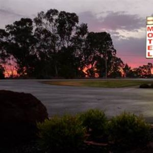 Loddon River Motel