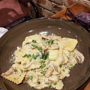 Bellini's Fine Italian Food