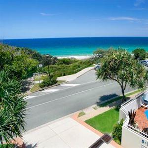 La Mer Sunshine Beachfront Apartments
