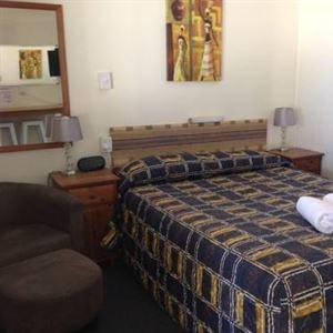 Ayr Max Motel