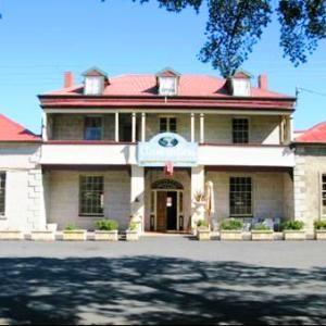The Hamilton Inn Hotel