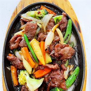 Sun & Mei Chinese and Thai Restaurant
