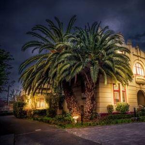 Quality Toorak Manor (Heritage)