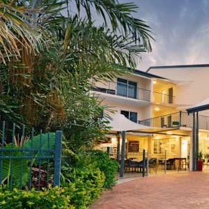 Cairns Queenslander Apartments