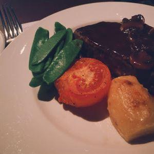 Dyers Steak Stable
