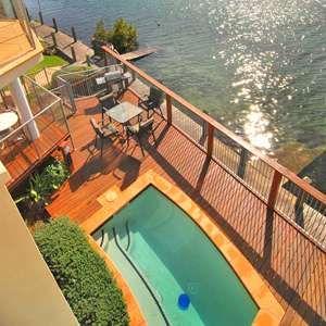 Sails Luxury Apartments