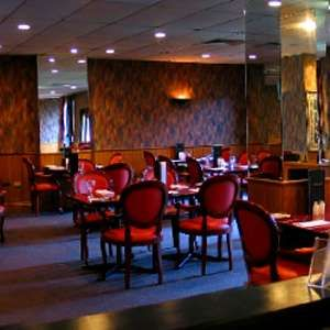 Princes Restaurant & Bar @ Comfort Inn Dandenong