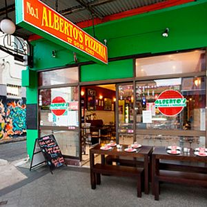Alberto's Pizzeria Restaurant