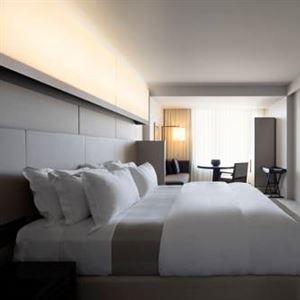 Hotel Realm