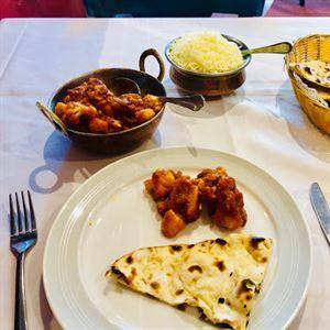 Chef's Tandoor Indian Restaurant