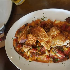 Four Hands Pizza Bar & Grill