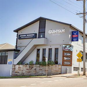 Gunyah Hotel