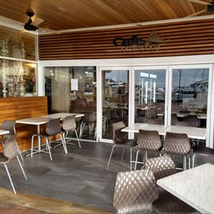 Cafe On The Bay