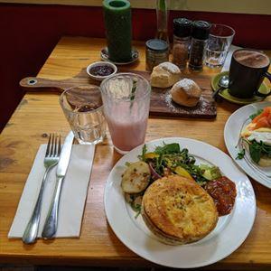 Brunch Mountain Cafe Restaurant