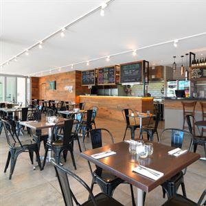 Marque Bar & Grill