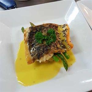 Cafe 109 Bistro & Bar