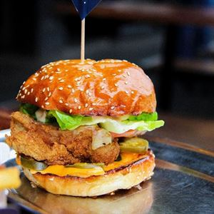 Huxtaburger Hawthorn