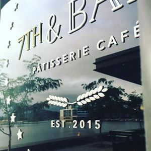 7th & Bake Patisserie Cafe