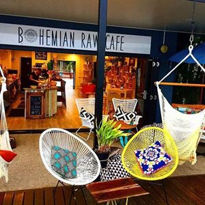 BOHEMIAN RAW CAFE