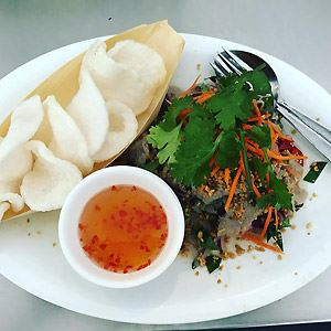 Saigon 101 Vietnamese