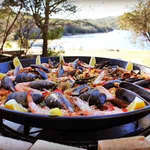 Paella Show Catering