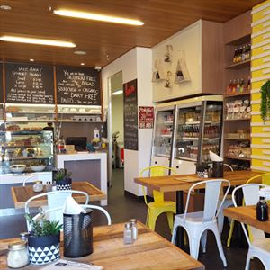 Fresh and Simple Cafe & Catering