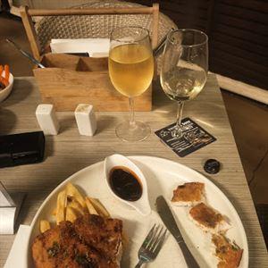 Charlie's Bistro at Brighton Hotel