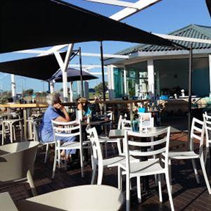 Backbeach Cafe & Restaurant
