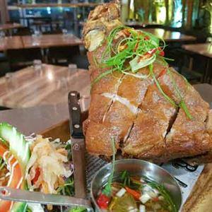 Kubo's Bar &Grill