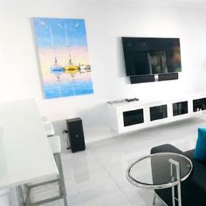 603 On The Beach - Luxury Apartment