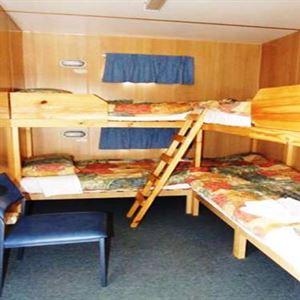 Hobart Bush Cabins