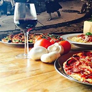 Numero Uno Pizzeria & Pasta Bar