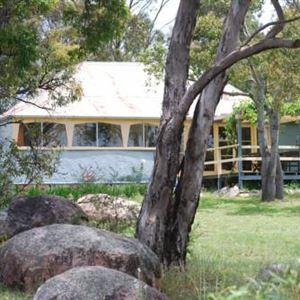 Twisted Gum Vineyard Cottage
