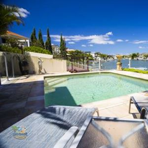 Holiday Home Luxe @ Sanctuary Cove