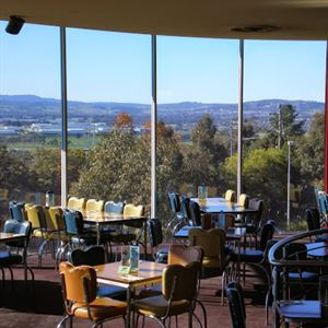 The Wheelers Hill Hotel Bistro