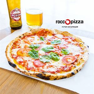 RoccoPizza no ham and pineapple