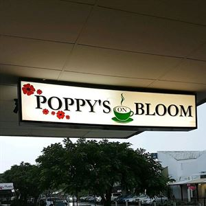 Poppy's On Bloom