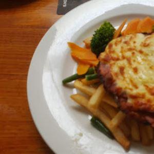 Paddy's Irish Pub & Grill