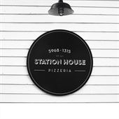Station House Pizzeria Logo