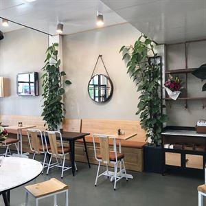 Bik's Cafe