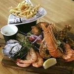 Cooks Bar & Grill Airlie Beach