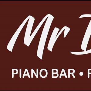 Mr Dee's Piano Bar Restaurant